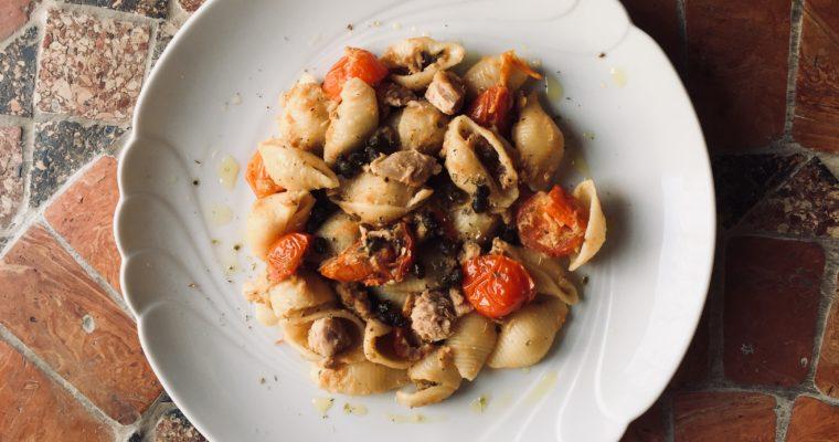 Sicilian tuna pasta di Jamie Oliver per lo starbooks di gennaio