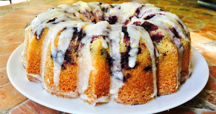 Bundt cake al limone e mirtilli